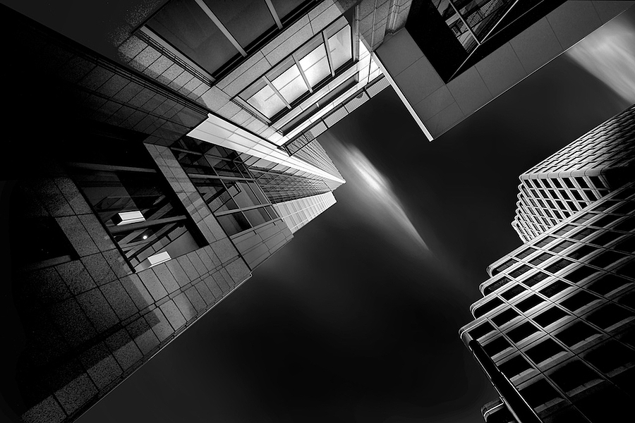 geometry of light | ZEISS DISTAGON F3.5 18MM <br> Click image for more details, Click <b>X</b> on top right of image to close