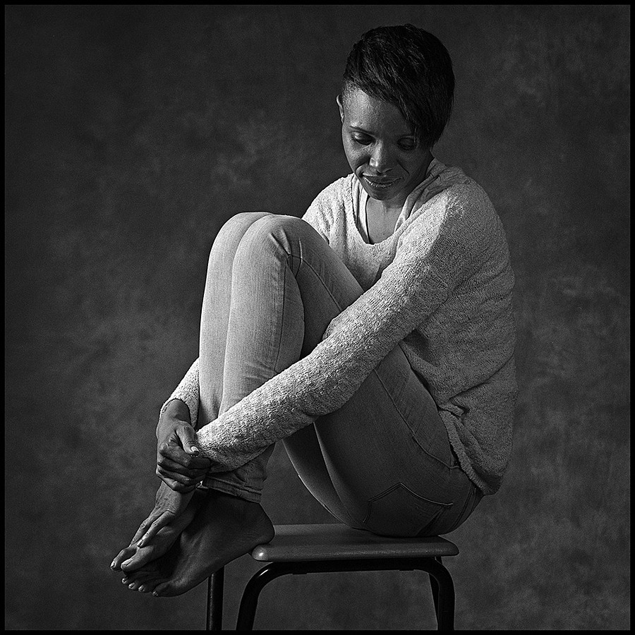 Kellylee Evans | ZEISS C SONNAR 150MM F4 <br> Click image for more details, Click <b>X</b> on top right of image to close
