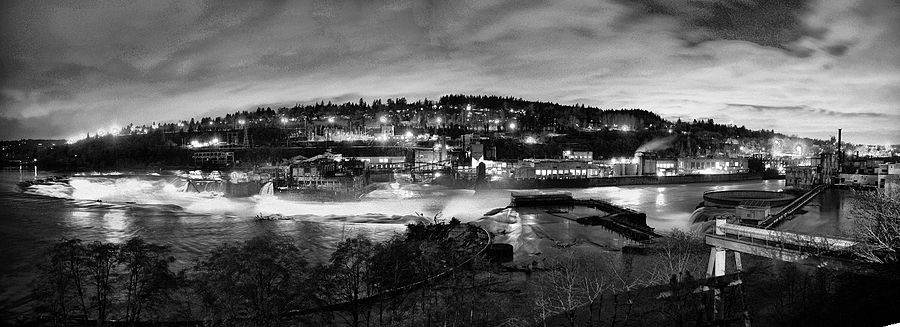 Willamette Falls pano | ZEISS DISTAGON F2.8 21MM <br> Click image for more details, Click <b>X</b> on top right of image to close