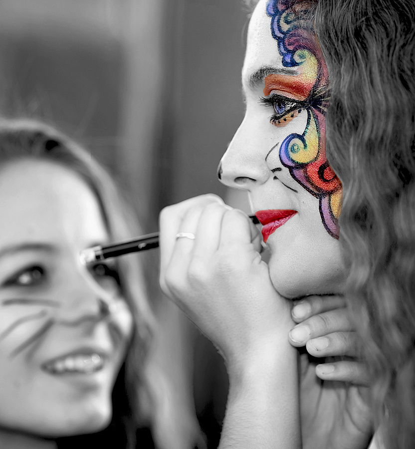 Face Painting | ZEISS APO SONNAR F2 135MM <br> Click image for more details, Click <b>X</b> on top right of image to close