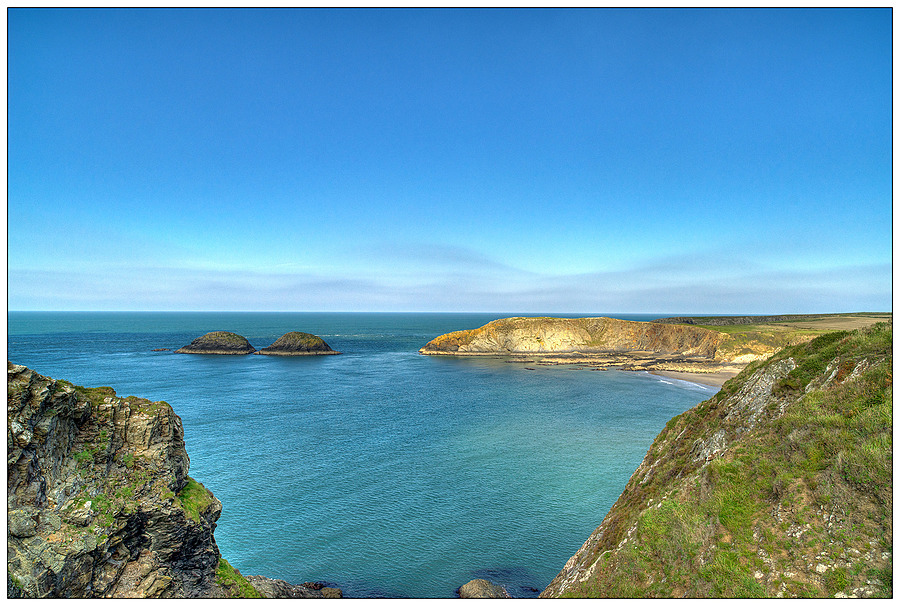 Traeth Llyfn, Pembrokeshire, West Wales | ZEISS DISTAGON F2.8 21MM <br> Click image for more details, Click <b>X</b> on top right of image to close